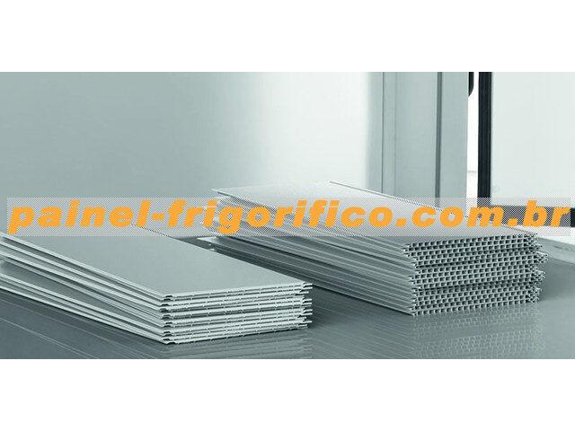 Retrofit do Painel Isotérmico da Câmara Fria com Folhas de PVC