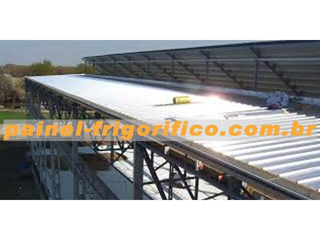 Fornecimento e Colocação de Telha Térmica em Galpão Industrial